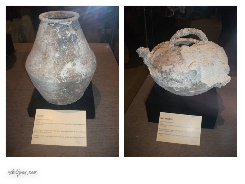 Guci dari Kapal Tek Sing yang karam pada tahun 1822 di Selat gelasa, Bangka Belitung